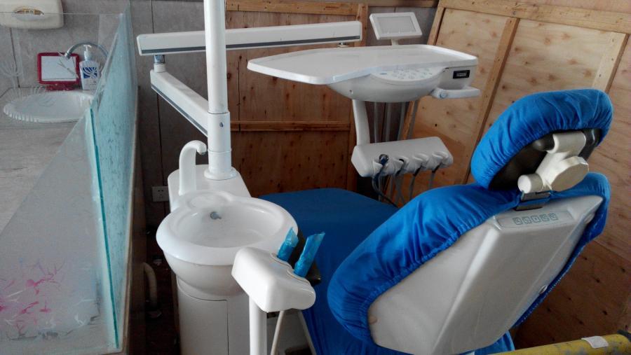 二手综合治疗牙科椅子 <br&gt 二手  价格:面议 <br> <img src=http://i.job8080.com/img/up/img/58875b7dcd4cd.jpg width=150 &gt